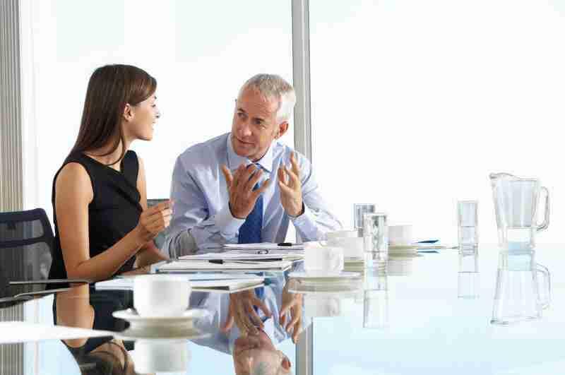 החשיבות בשפה האנגלית בעולם העסקים הדו לשוני
